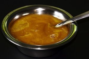 Manuka_honey_in_a_bowl